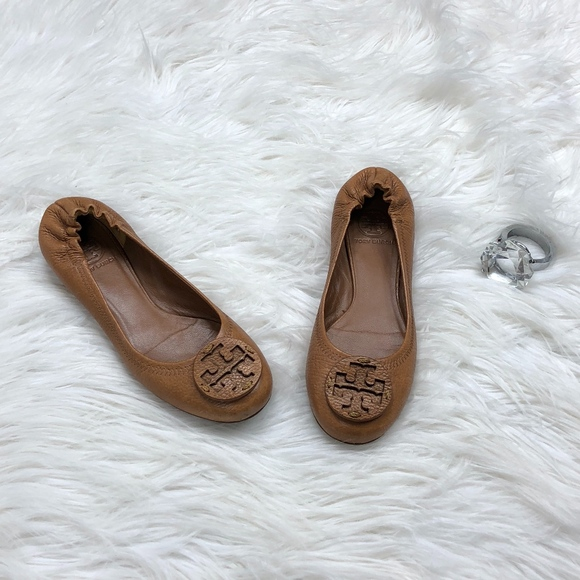 68fb3bb4758 Tory Burch Reva Ballet Flats Pebbled Leather. M 5a68033461ca10603bbe6987
